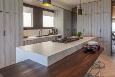 San-Francisco-Designer-Showcase-2016-Neolith-Estatuario-and-Arctic-White-Kitchen-Countertops-and-Island-and-bar